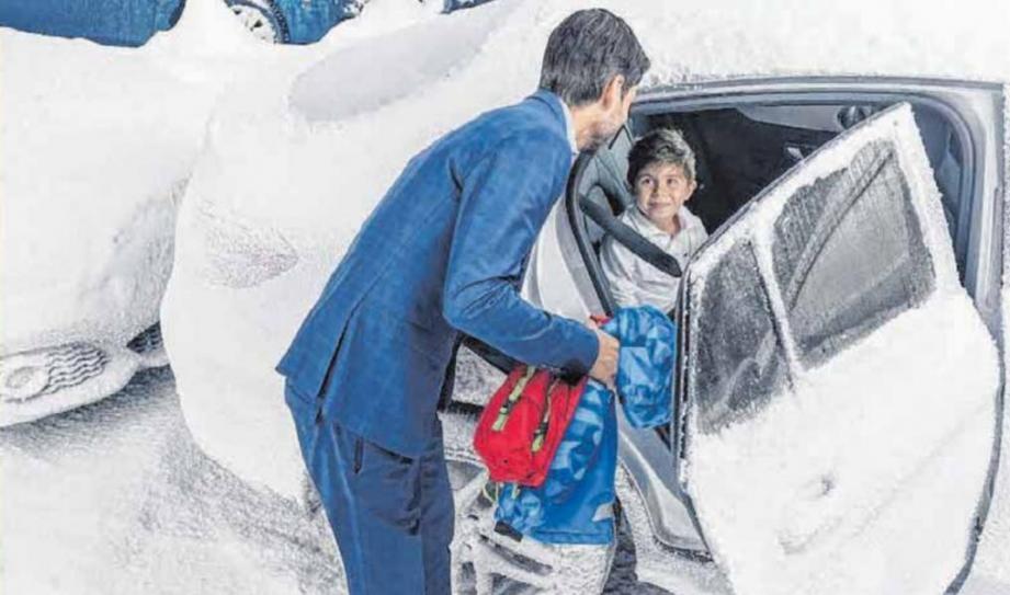 Sicher und warm durch den Winter - mit einer Standheizung sind dicke Jacken im Auto überflüssig. FOTO: DJD/EBERSPÄCHER
